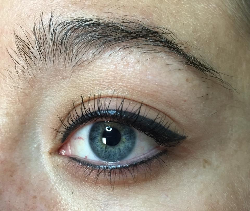 Healed Eyeliner
