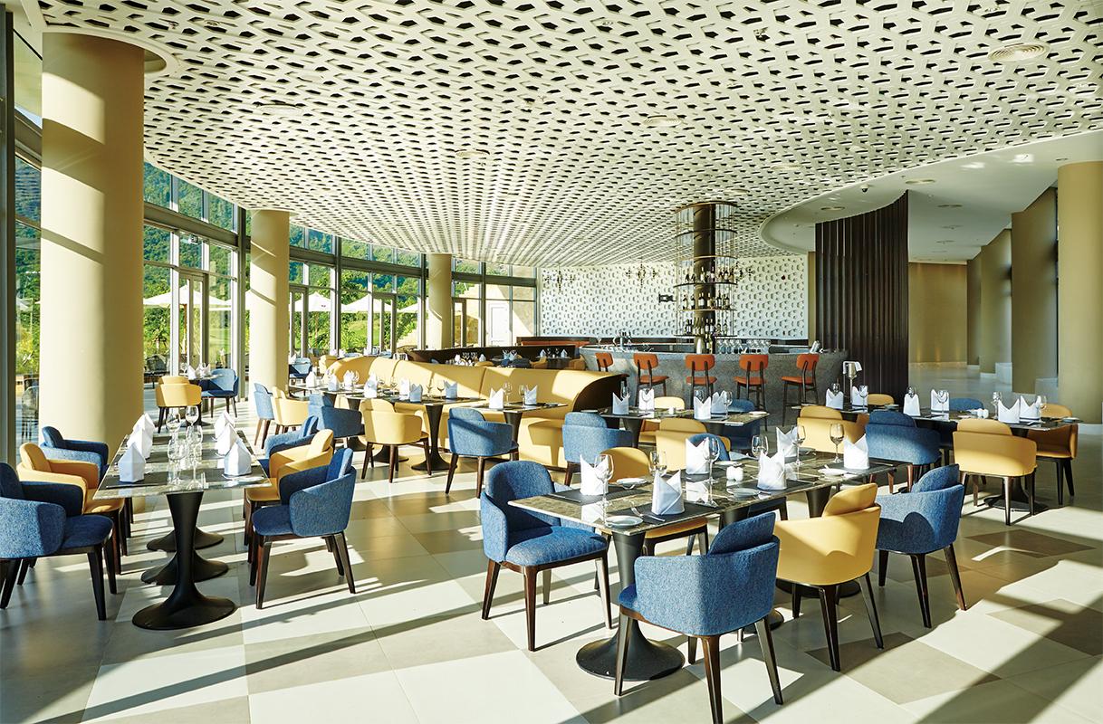 BNH_MainRestaurant_HR_CMYK-xx-Restaurant