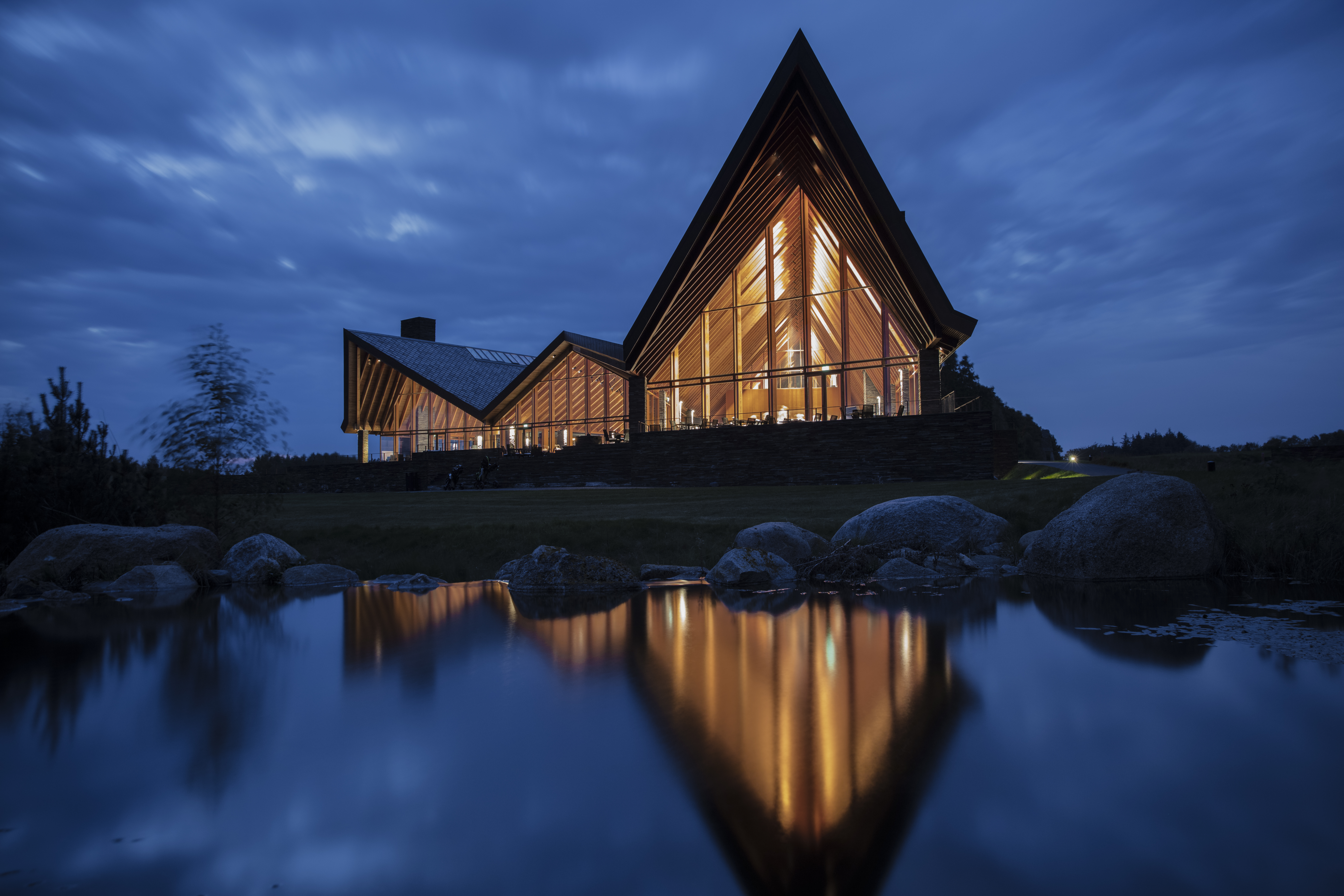 051_The_Scandinavian Clubhouse