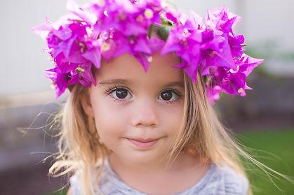 little-girl-with-purple-flower-crown_t20