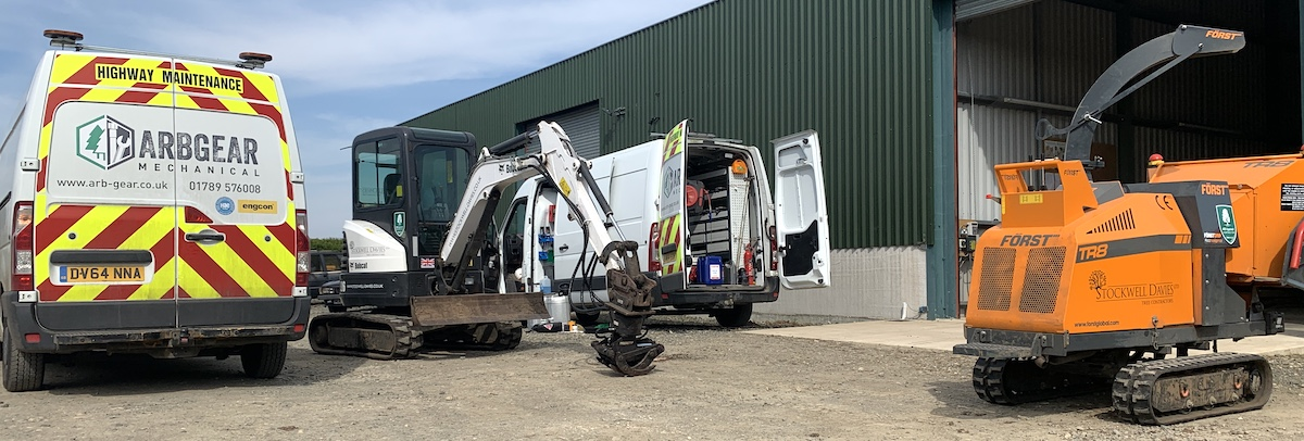 Arbgear working on bobcat arb digger for Stockwell davies