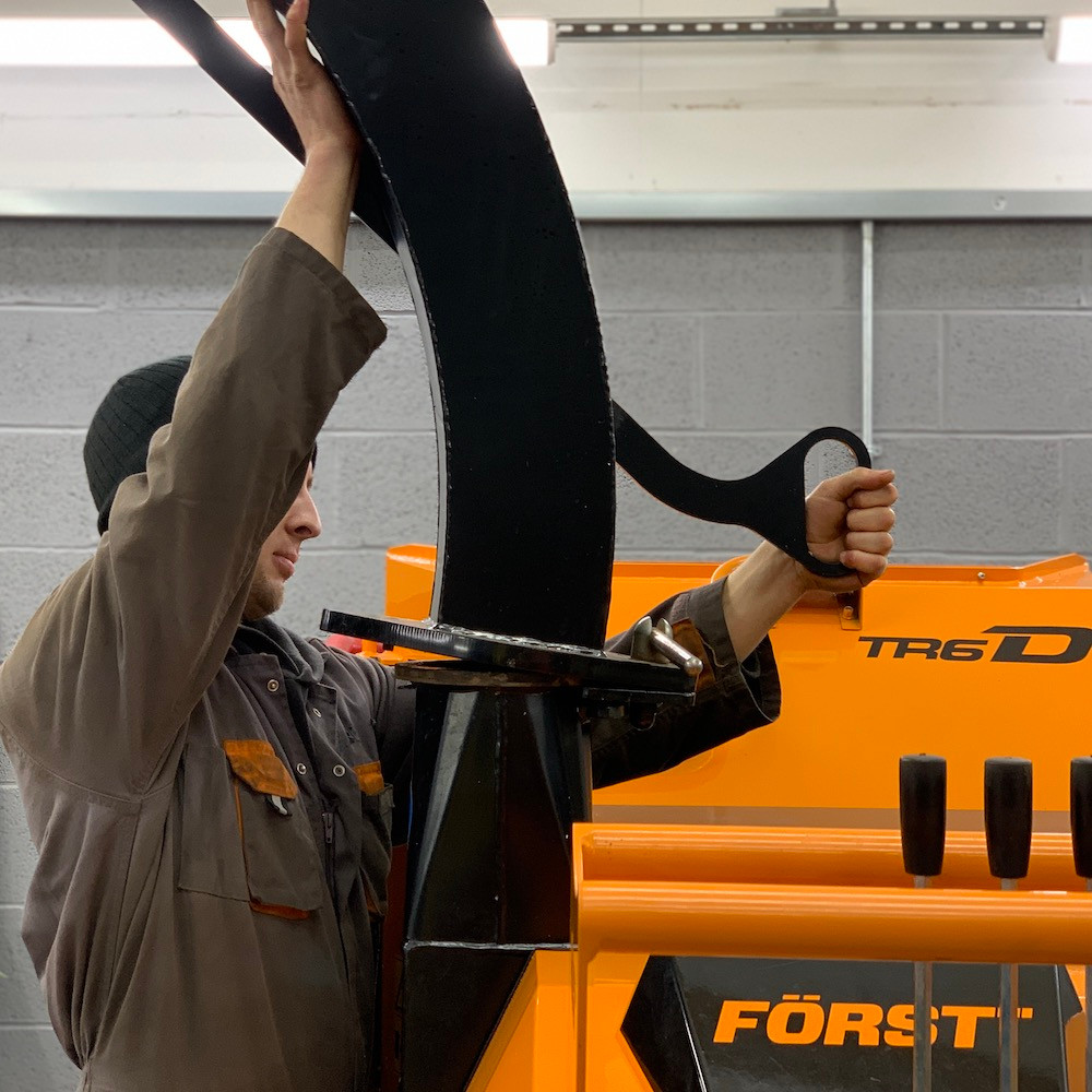 arbgear engineer working on forst TR6D wood chipper