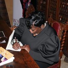 Author Gloria Eason