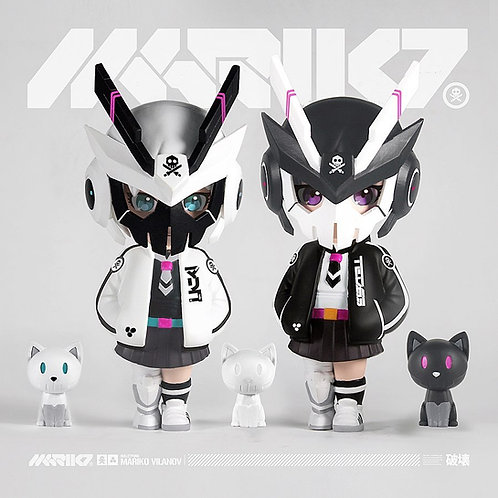 M A R I K O- OG Black + Ghost White Edition Vinyl Toys