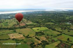 Полет на воздушном шаре над Баганом