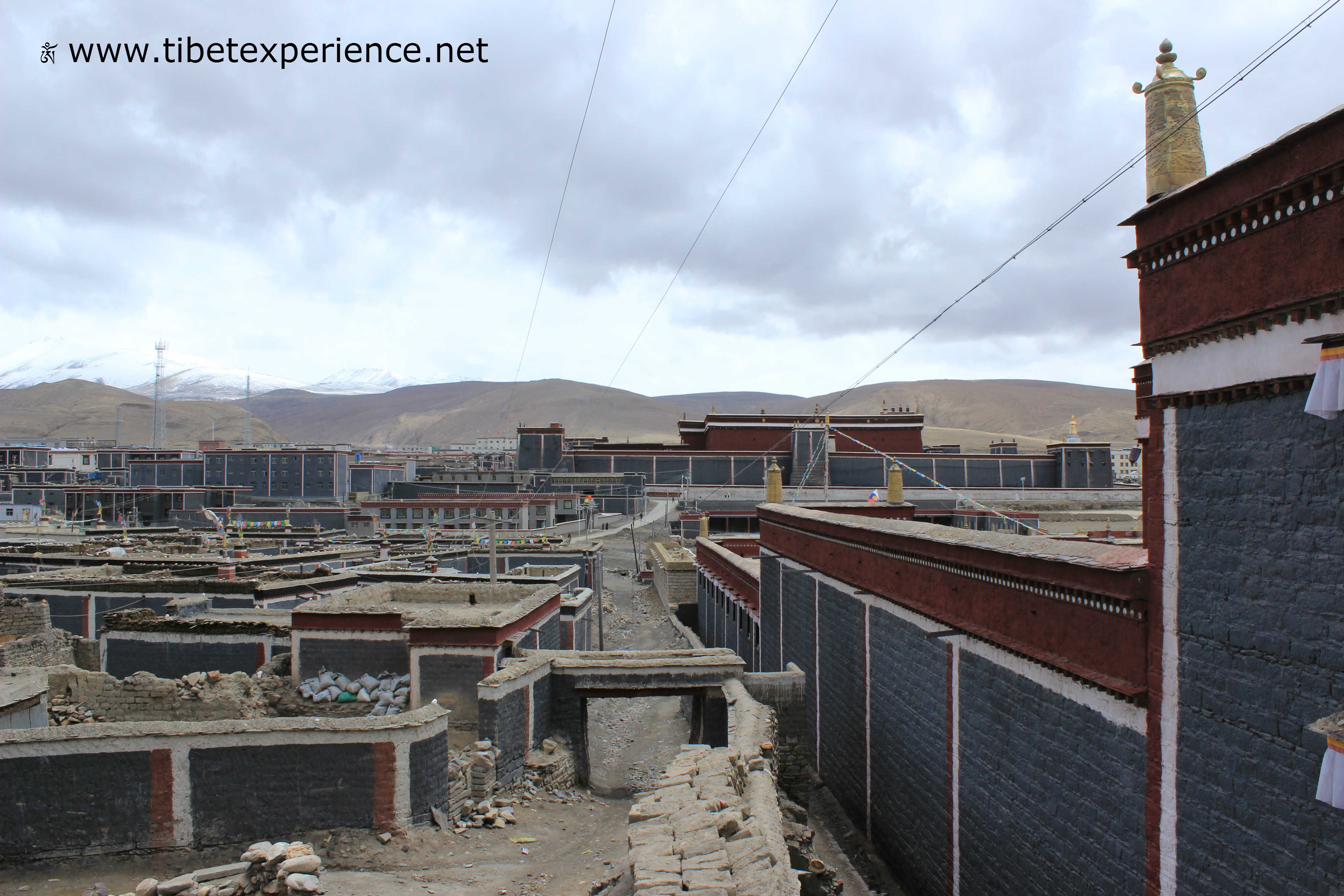 Тибет. Монастырь Сакья.jpg