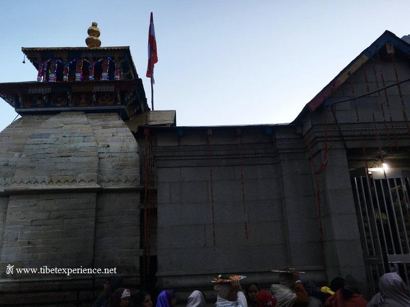 Храм в Бадринатхе