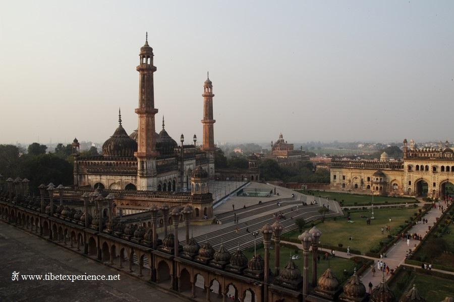 Бара Имамбара, Лакхнау