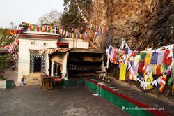 Пещера Дунгешвари, Гайя
