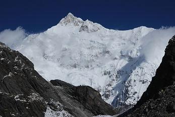 гора Канченджанга - третья по высоте вершина мира