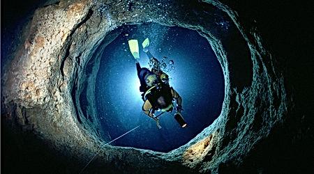 boat-scuba-salgar-diving-menorca (4).jpg