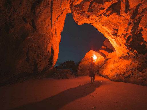 15 people live in a cave for 40 days