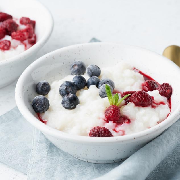 rice-pudding-side-view-healthy-vegan-die