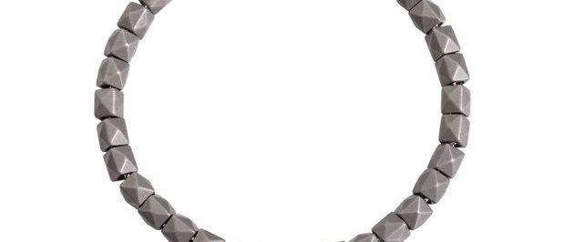 Bracciale borchie titanio