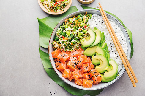poke-bowl-with-salmon-served-in-bowl-QZR