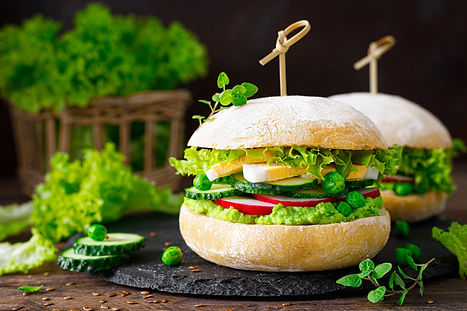 hamburger-with-homemade-ciabatta-bun-bre