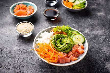 hawaiian-poke-bowl-with-salmon-rice-and-
