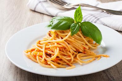 spaghetti-al-pomodoro-KPMD5EW.jpg