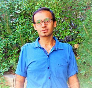 Sajjid-Budhwani-headshot_web_edited_edited.jpg
