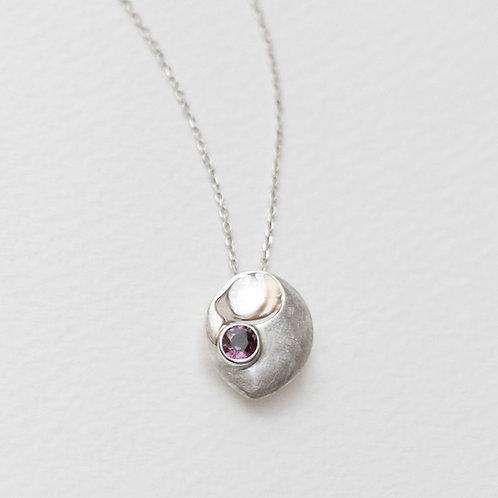 Peony Scoop pendant with Spinel