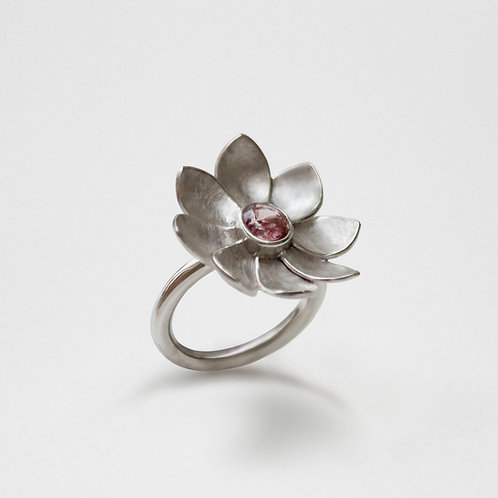 Peony Petal ring with Spinel