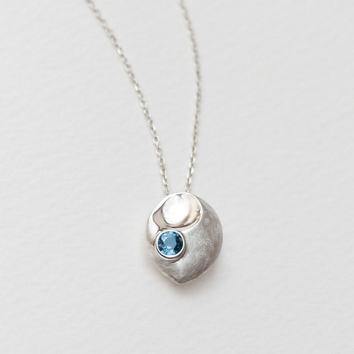 Peony Scoop pendant with Blue Topaz