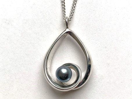 Silver Jewellery For Your 25th Wedding Anniversary
