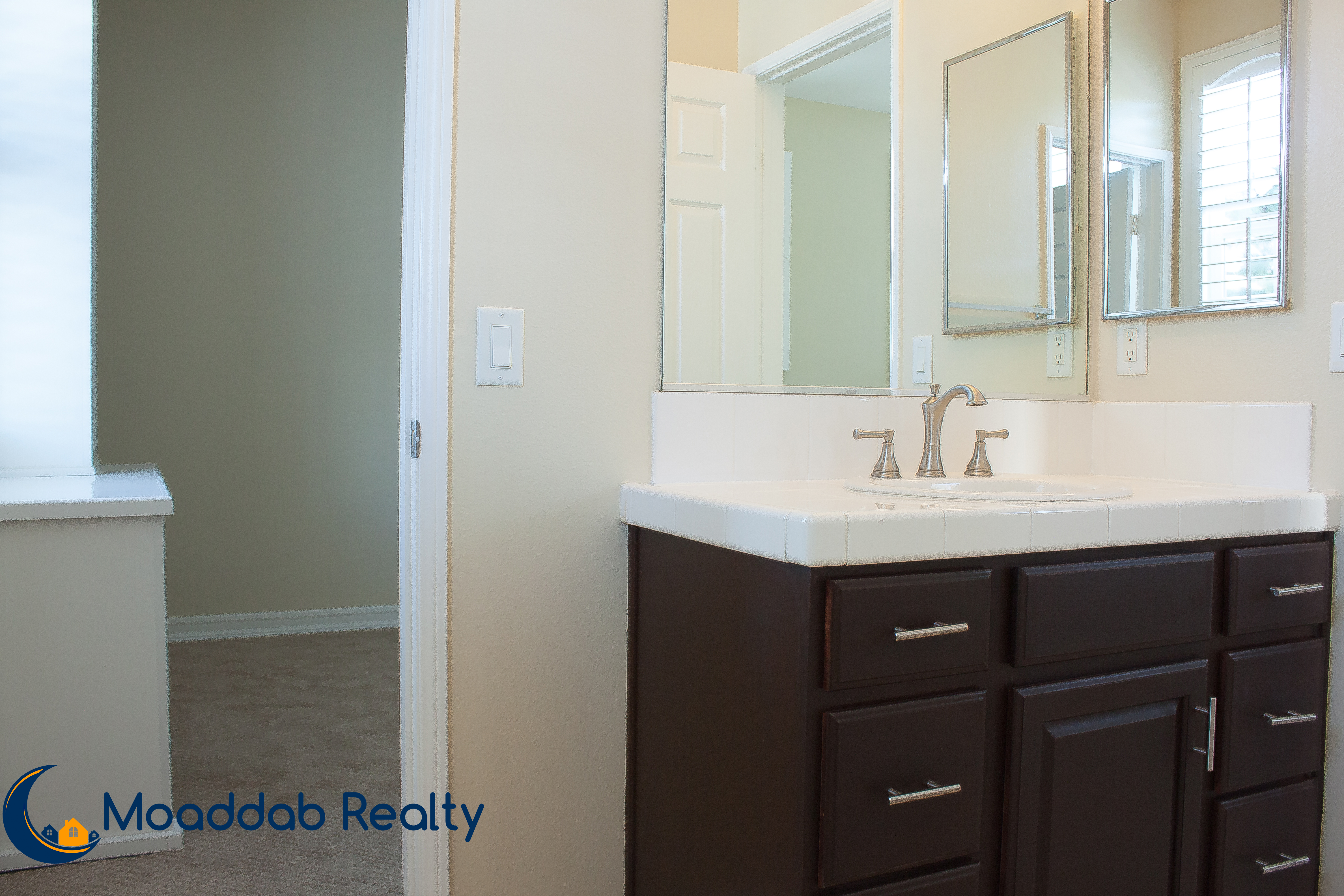 Dual Entry Bathroom