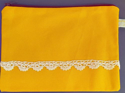 Pochette en tissu jaune