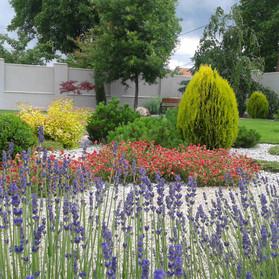 Farebná záhrada, Hidasnemeti