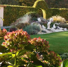 Ornamentálny záhrada, Poproč