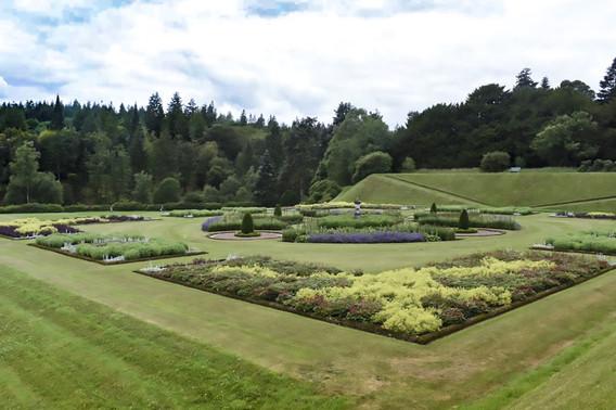 Drumlanrig Gardens
