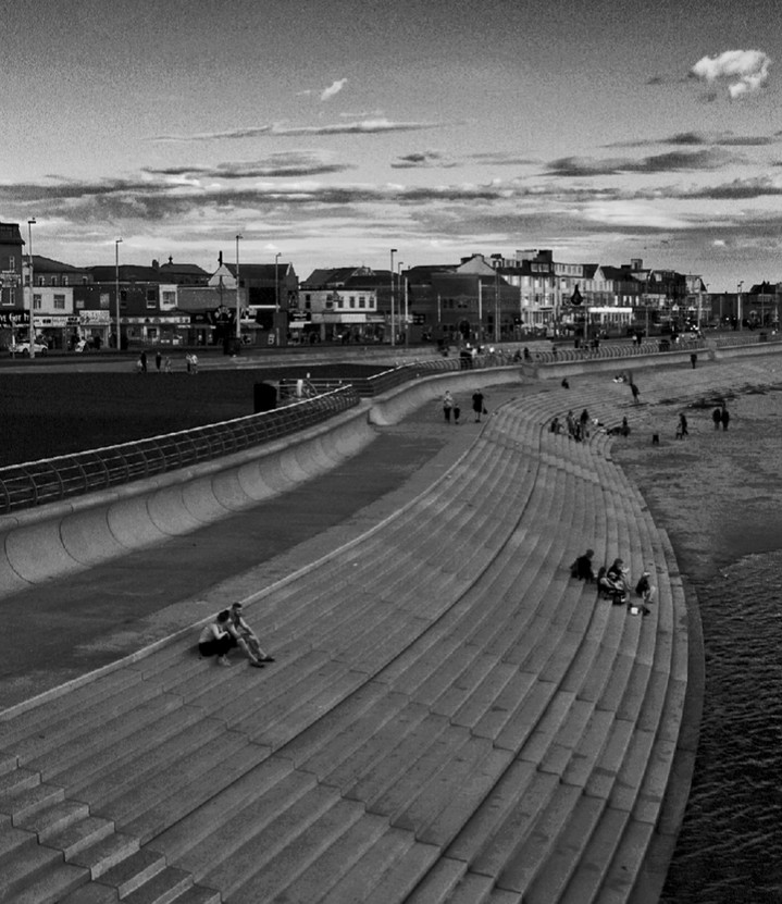 Along the Prom