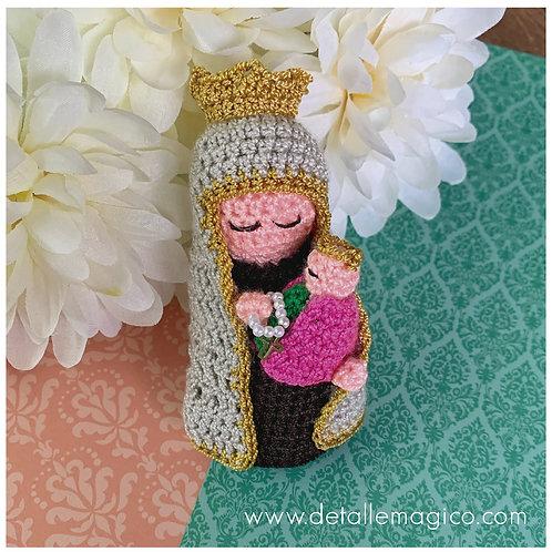 Muñeca  Virgen del Carmen en Crochet