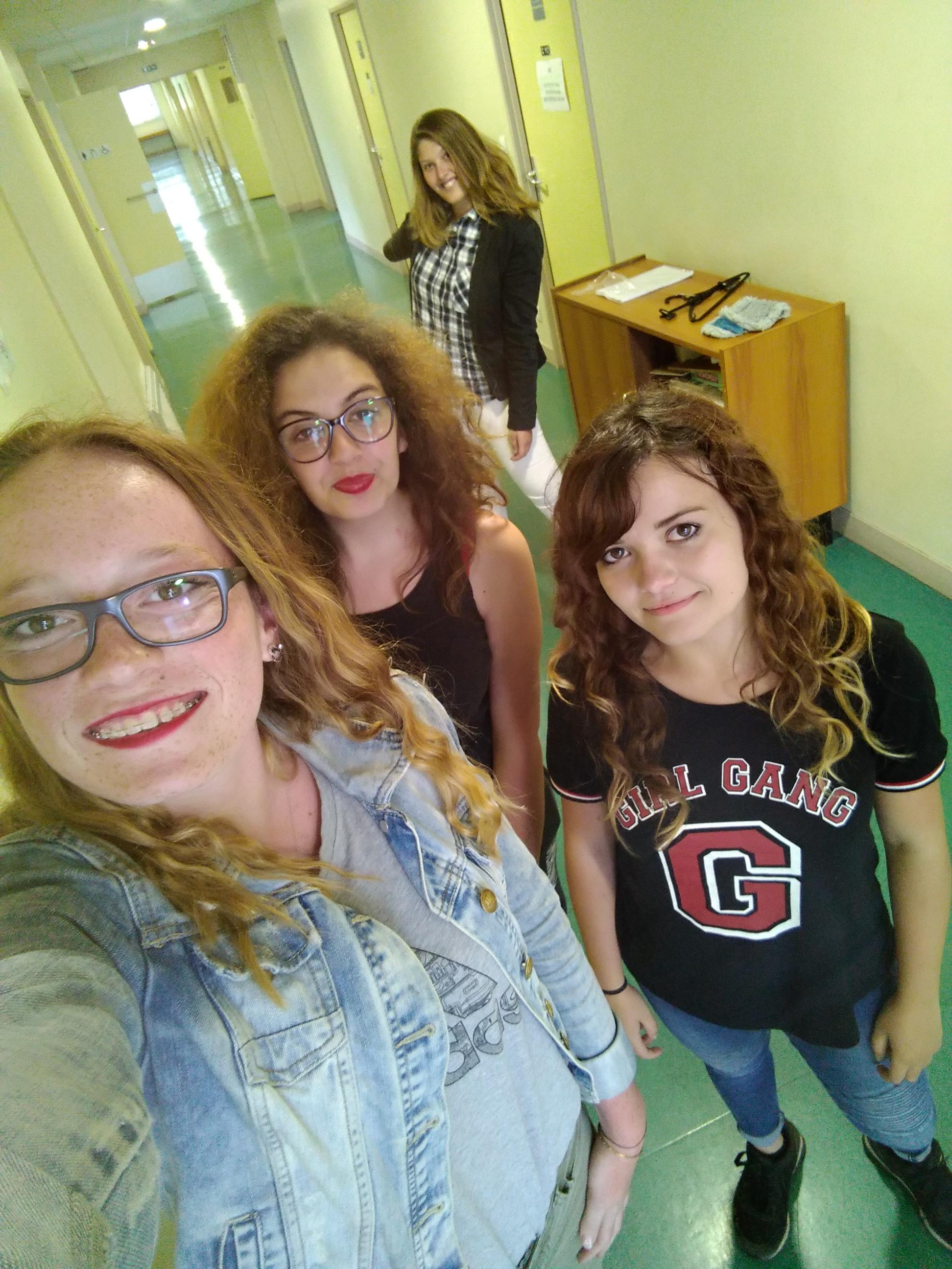 couloir filles