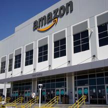 Amazon delays return to office until 2022