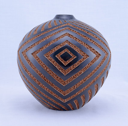 Geometric Incised AS - 15-18