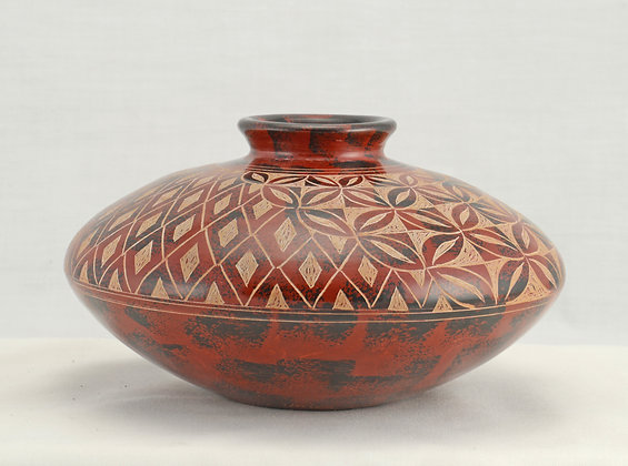 Geometric Incised - DC7-13