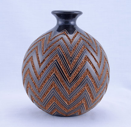 Geometric Incised AS - 22-18