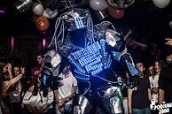 Yanis Guarida performer-Robot LED Predator