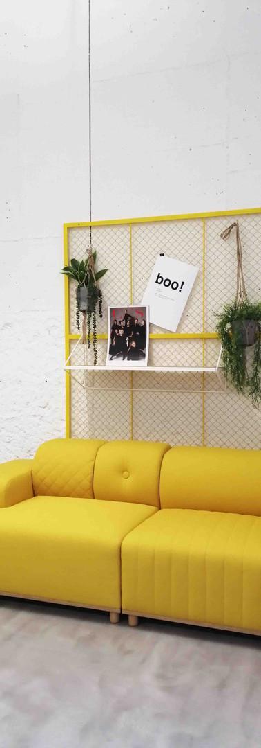 Innenarchitekturbüro Design Studio Ottilia präsentiert: Besprechungsecke kann auch entspannter sein