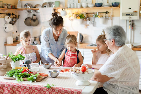 iStock-1151189652_Mom and grandma with k