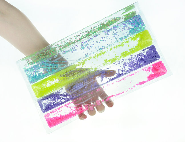 Liquid Glitter Puffer Clutch - Rainbow
