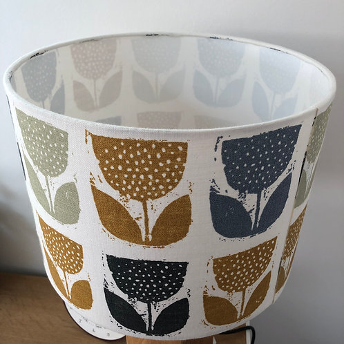 Scandi Tulip Design Print Shade