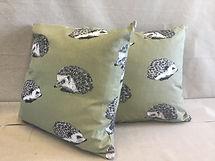 40cm green Hedgehog print cushions. synt