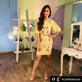 Love this yellow little dress on _krystl