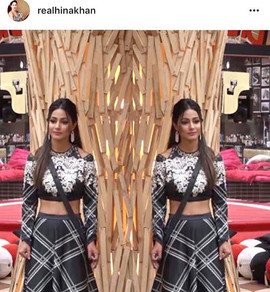 _realhinakhan in #IntriPrinti shop this