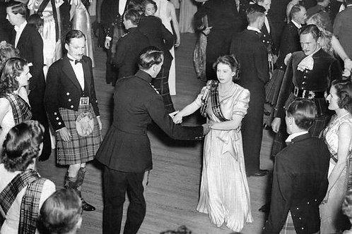 Shall we Dance Your Majesty? - Talk