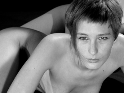 FEMME-PARIS-03.jpg