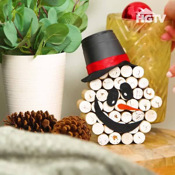 DIY Wine Cork Pumpkin Snowman